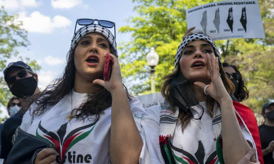 Protesters gather and demand that Jerusalem stop expelling Palestinian people from Israel at Israel's embassy in Washington this week.